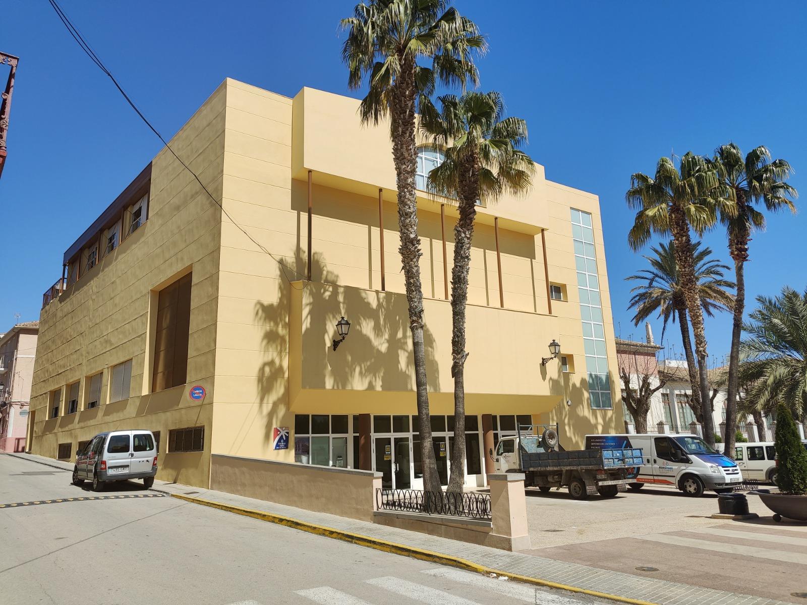 Aielo de Malferit modernitza el sistema de venda d'entrades de l'Auditori Municipal