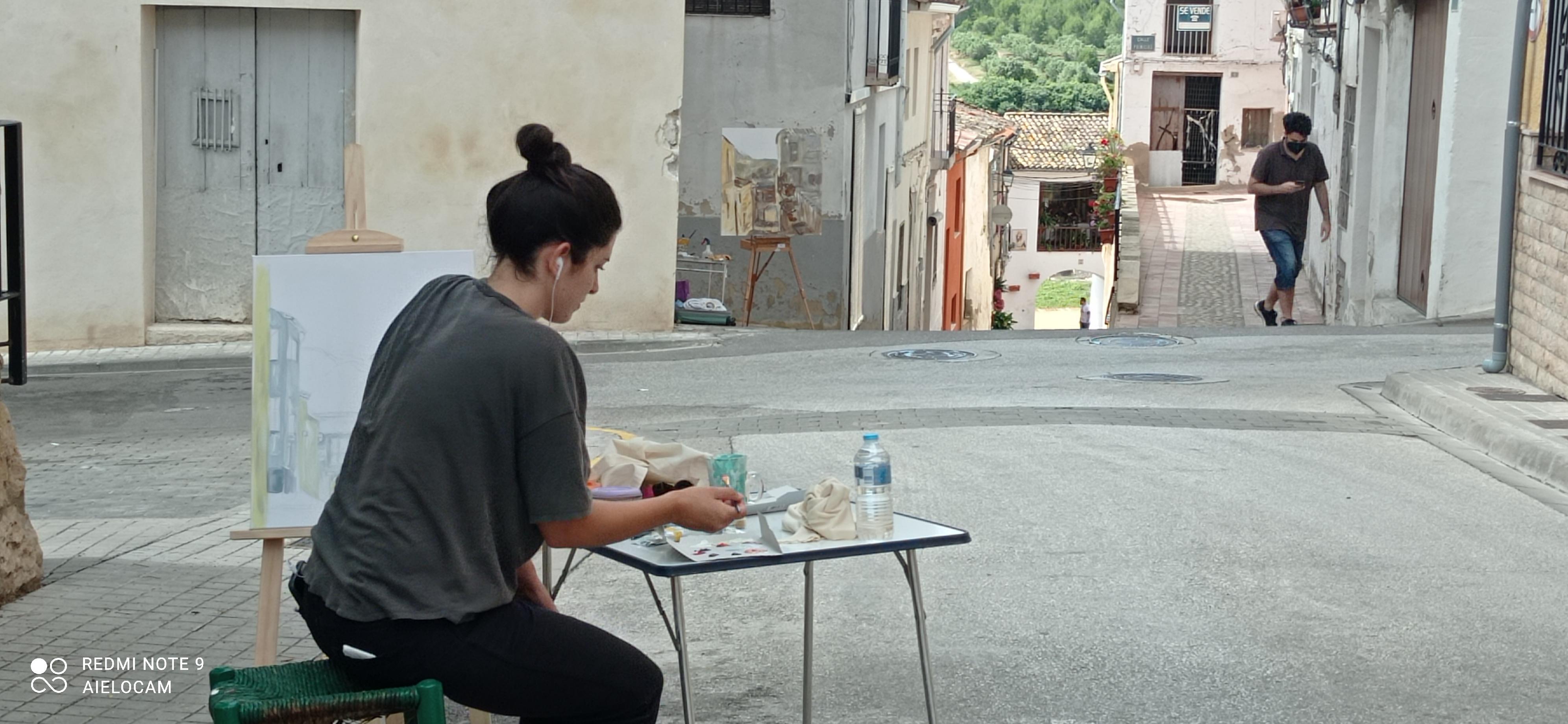 La pintura envaeix els carrers d'Aielo de Malferit