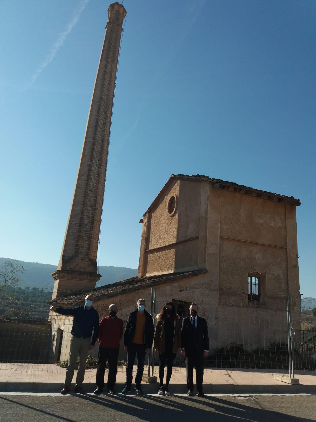 L'Ajuntament incrementa el seu patrimoni amb la compra de l'antiga Alcoholera