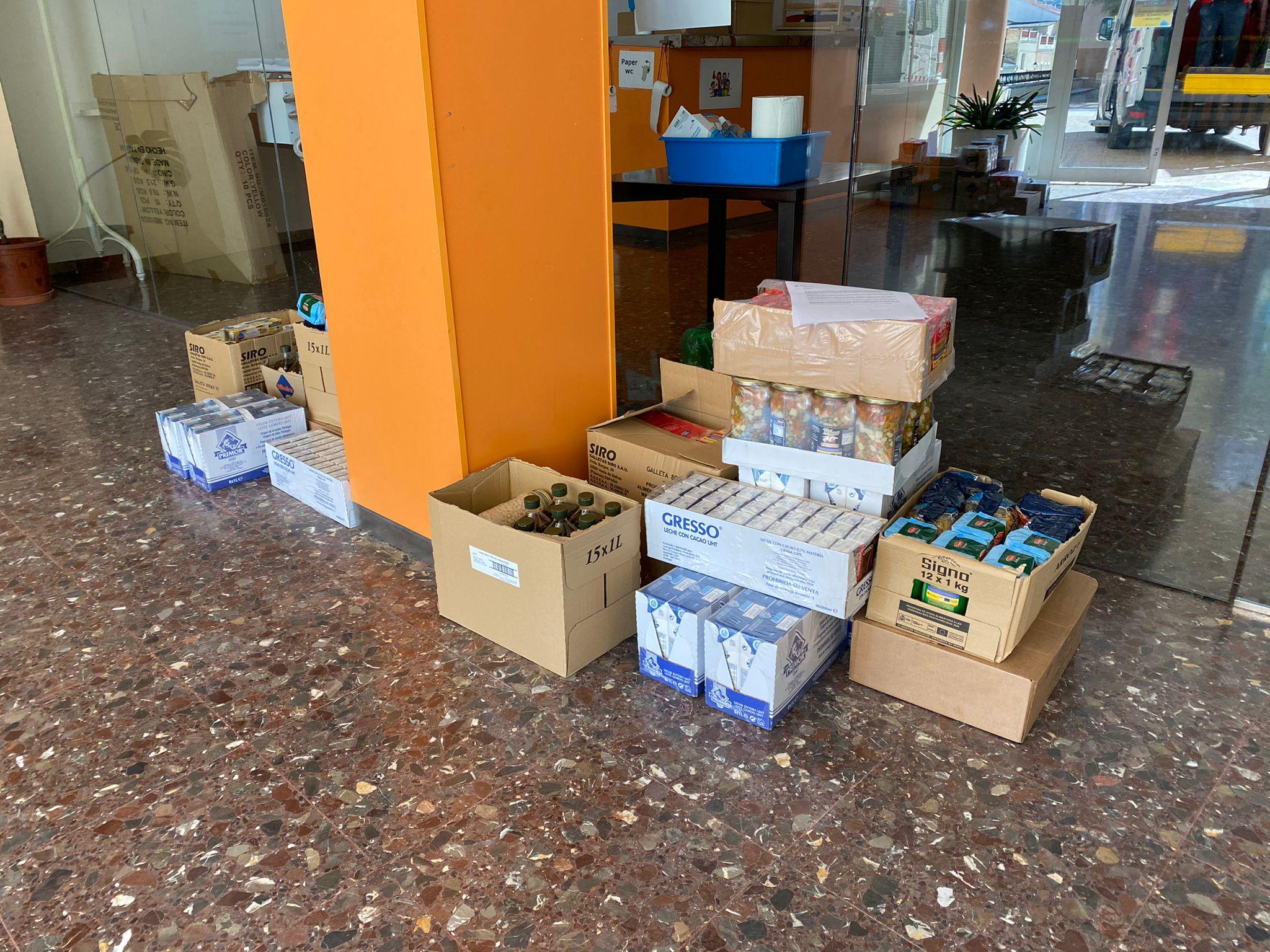 L'Ajuntament col·labora en el repartiment d'aliments a la localitat